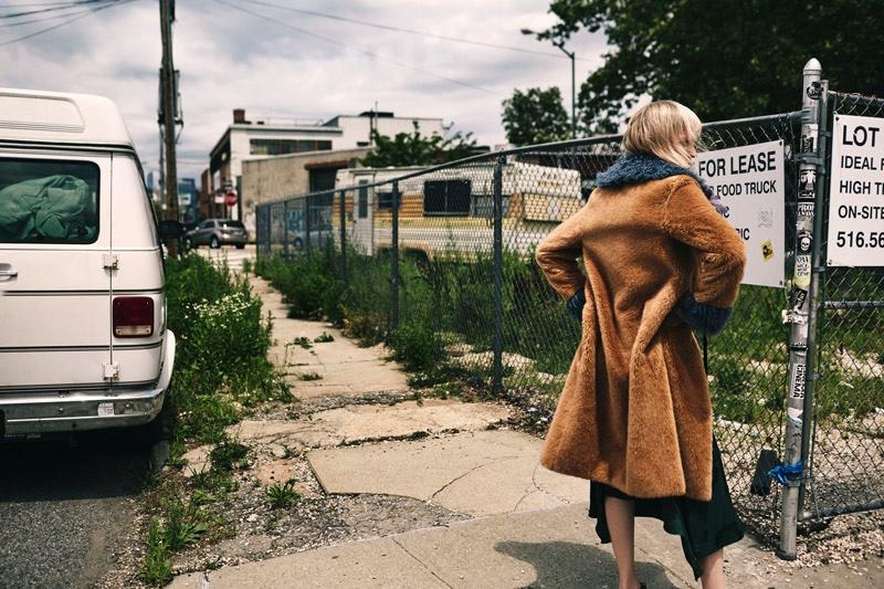 Kirsten-Owen-Bohemian-Outerwear-Vogue-Ukraine04