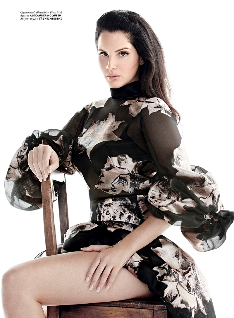Lana Del Rey Goes Bombshell For Vogue Turkey Feature November 2015