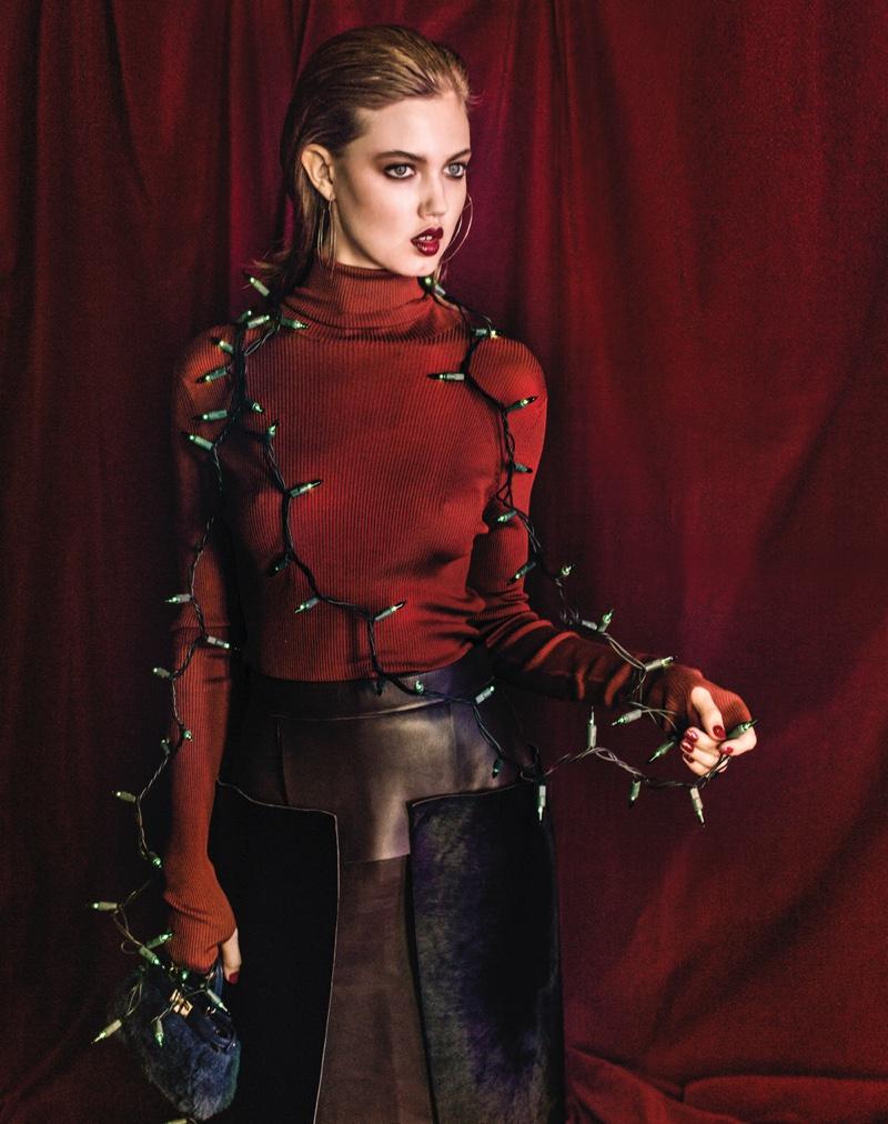Lindsey-Wixson-Vogue-Korea-December-2015-Cover-Pictures06
