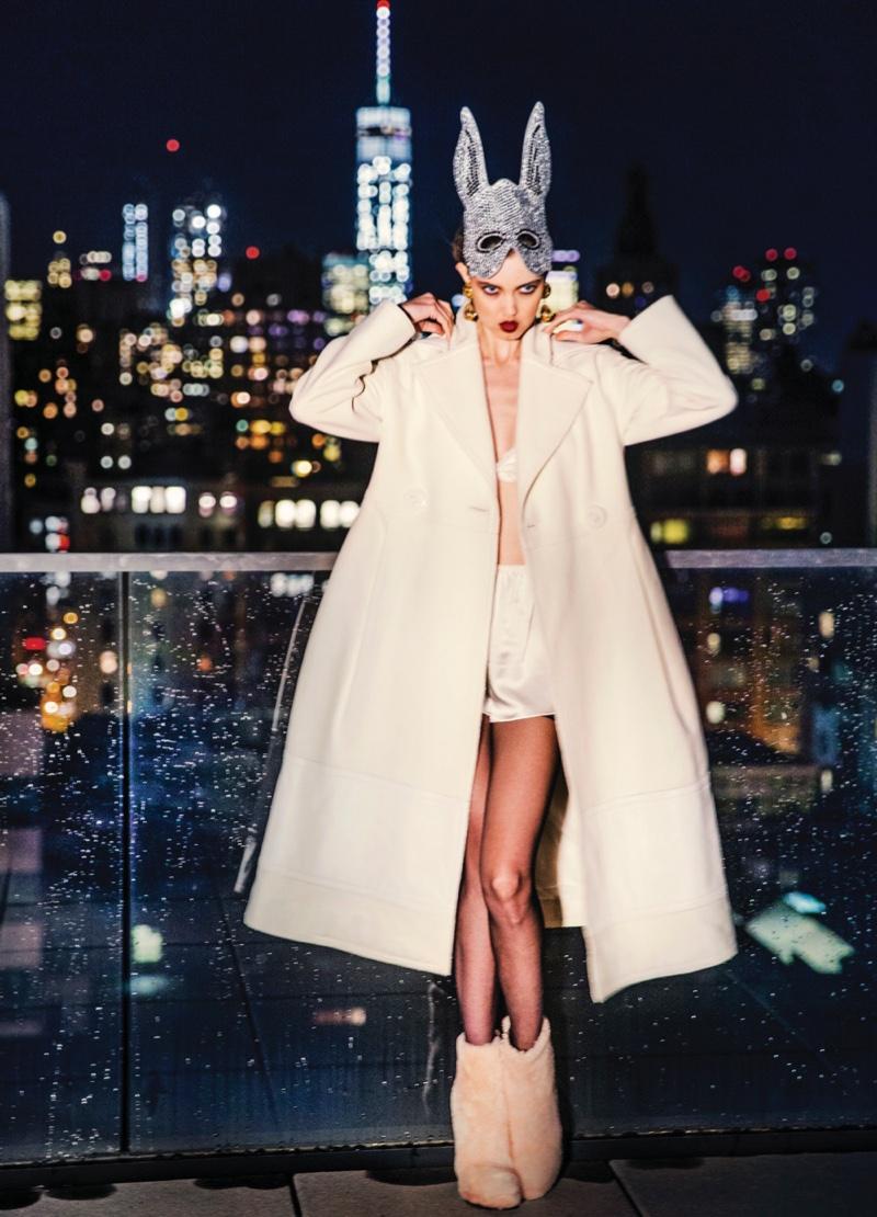 Lindsey-Wixson-Vogue-Korea-December-2015-Cover-Pictures08