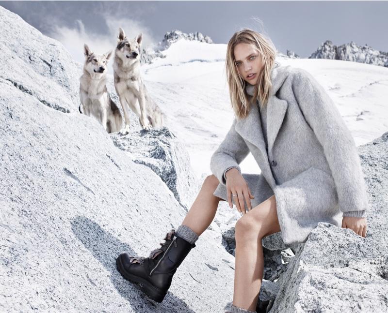 Sasha Pivovarova Braves The Cold In Mango`s Winter 2015 Look