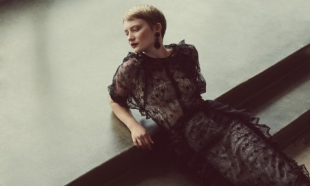 Mia-Wasikowska-Flaunt-Magazine-2015-Cover-Photoshoot07
