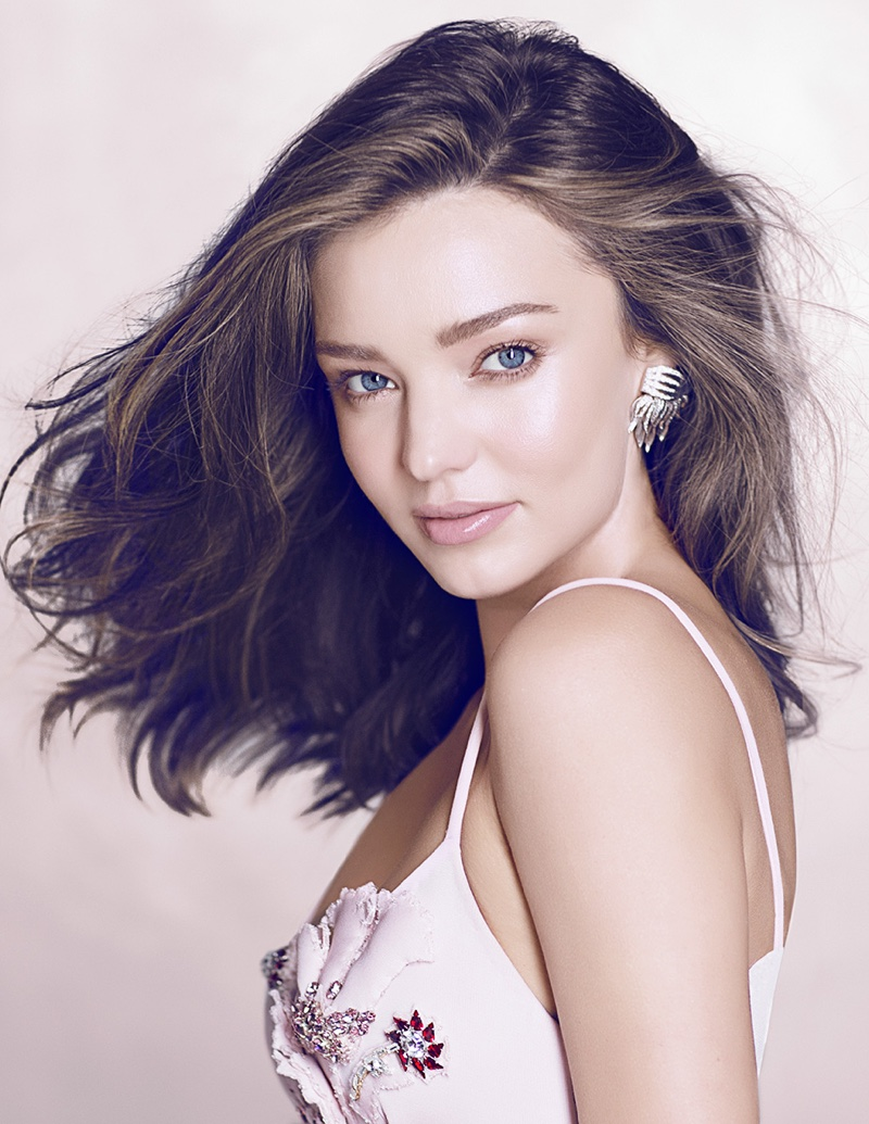 Miranda-Kerr-Vogue-Thailand-December-2015-Photoshoot04