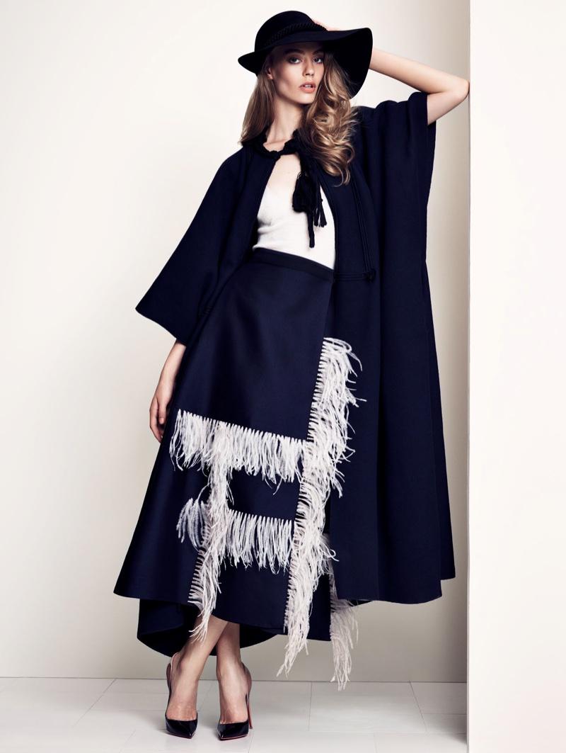 Ondria-Hardin-Vogue-China-December-2015-Editorial10