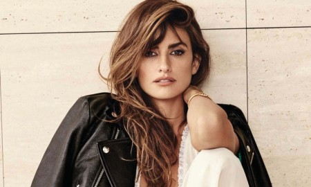 Penelope-Cruz-ELLE-France-November-2015-Cover-Photoshoot03