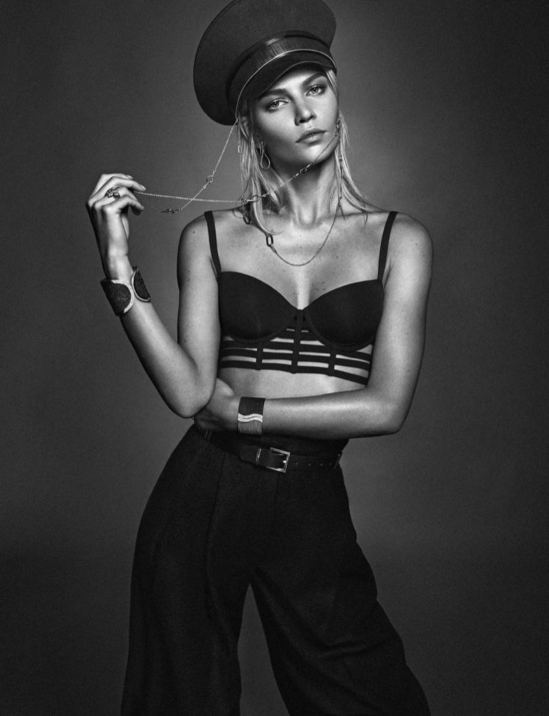 Aline-Weber-Rabat-Magazine-Jewelry-Winter-2015-Cover-Pictures08