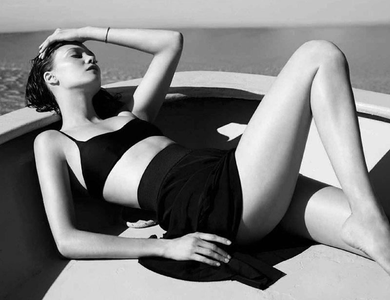 Diana-Molodovan-Swimsuits-Bazaar-Australia04