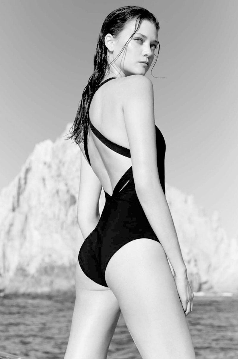 Diana-Molodovan-Swimsuits-Bazaar-Australia10