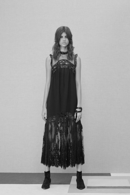 Elie Saab Brings Some London Attitude to Pre-Fall '16