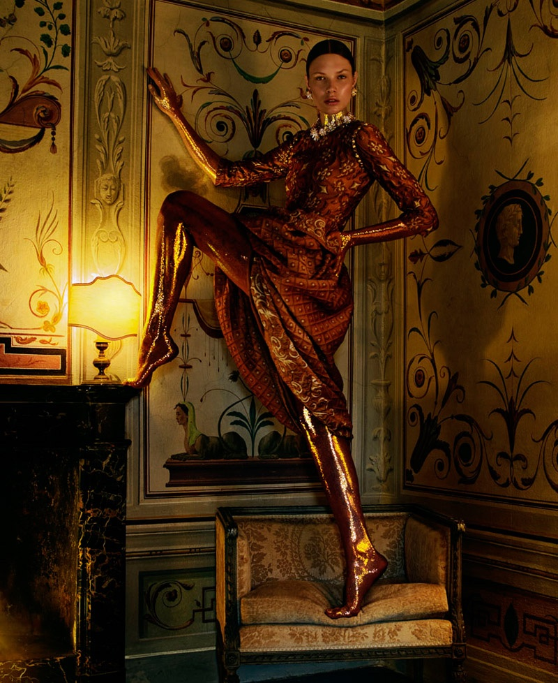 Embellished-Dresses-Gowns-How-Spend-It-Editorial04