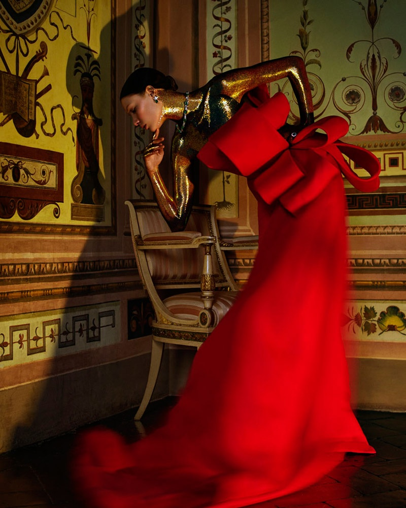 Embellished-Dresses-Gowns-How-Spend-It-Editorial06