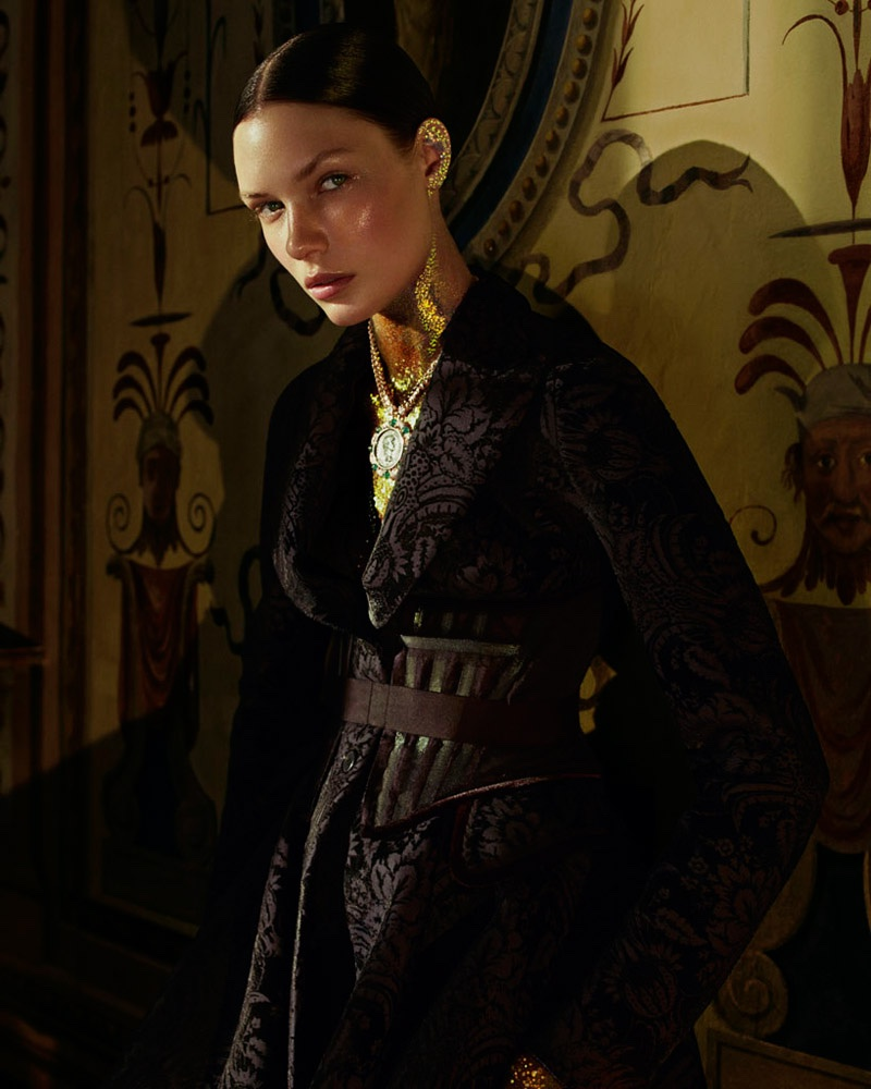 Embellished-Dresses-Gowns-How-Spend-It-Editorial07