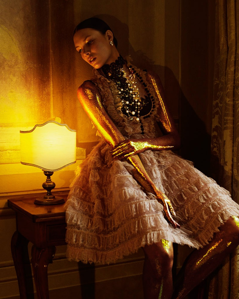 Embellished-Dresses-Gowns-How-Spend-It-Editorial12