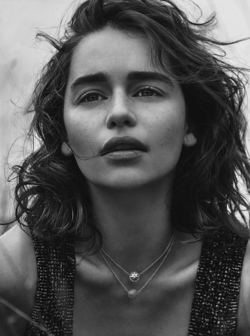 Emilia-Clarke-Dior-Magazine-Winter-2015-Cover-Pictures05