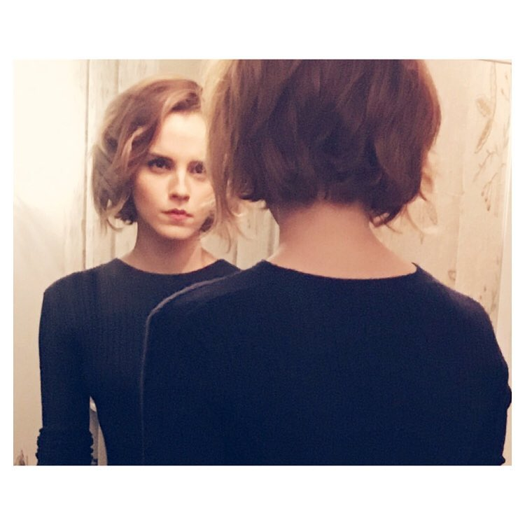 Emma Watson has a new short hairstyle for the end of the year. Photo: Instagram