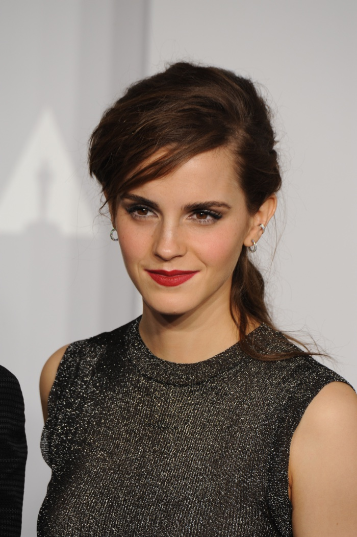 Emma Watson Shares Her Makeup Secrets On Twitter Fashion Gone Rogue