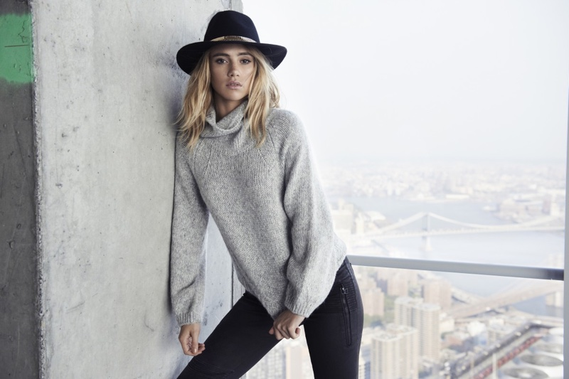 Suki Waterhouse, Magdalena Frackowiak Are Party Ready In Express Edition Collection