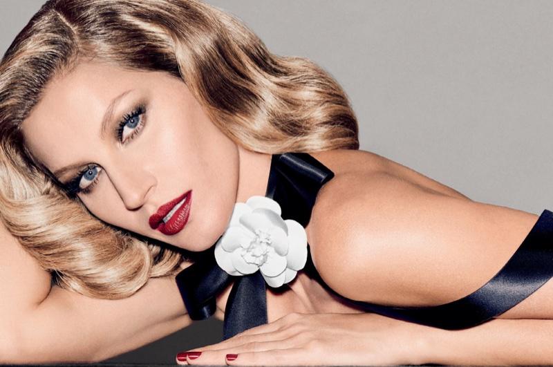 Gisele Bundchen Retro Hair Makeup Vogue Brazil Photoshoot
