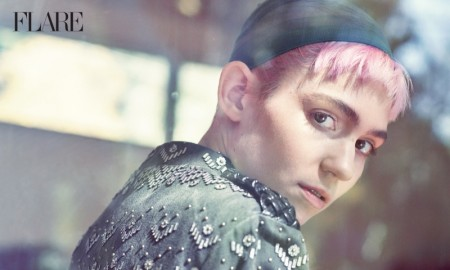 The singer wears a pink hairstyle in the photo spread