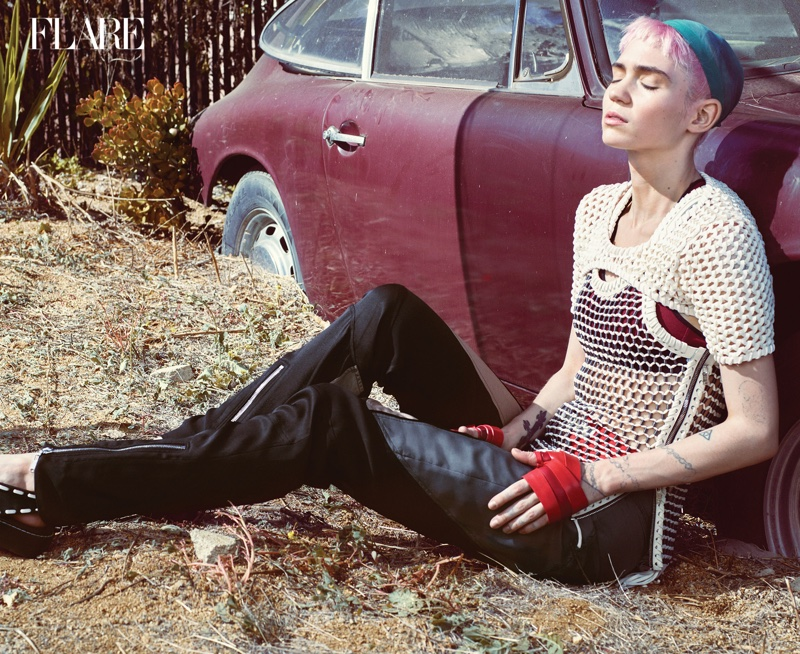 Grimes-Flare-Magazine-Winter-2015-Cover-Photoshoot04