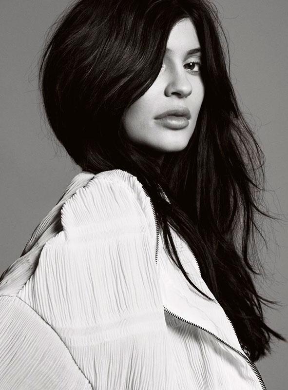 Kylie Jenner delivers her signature lip pout in ELLE UK