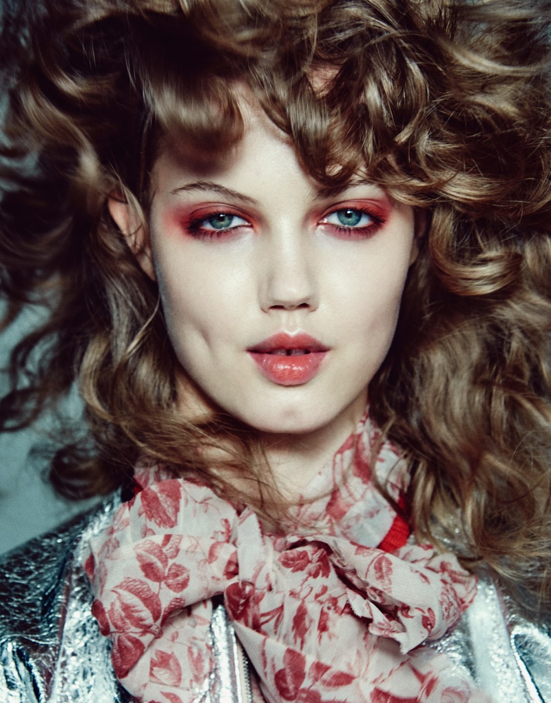 Lindsey Wixson talks to the magazine about truth behind modeling