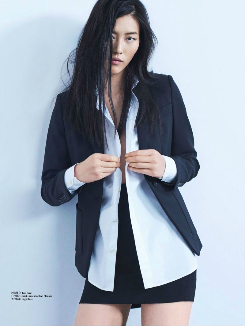 Supermodel Liu Wen Shows Us How to Wear Fall's Chicest ...