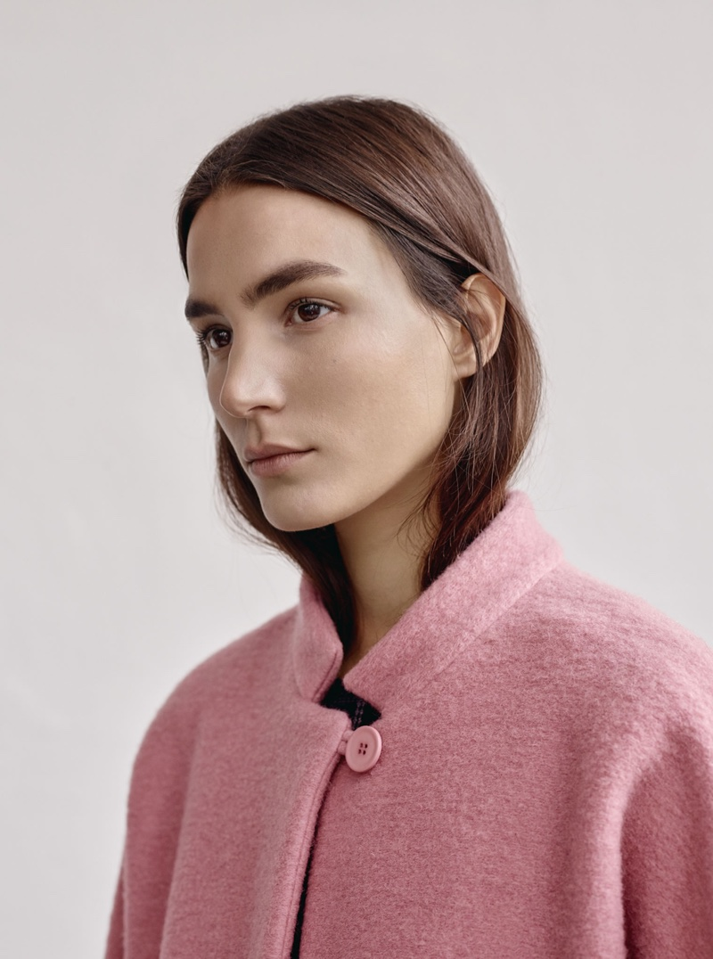 Mango launches its December 2015 lookbook for women