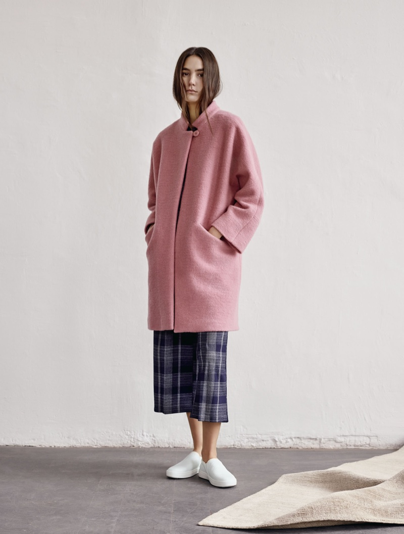 The Spanish fashion brand spotlights casual wardrobe essentials for the winter months
