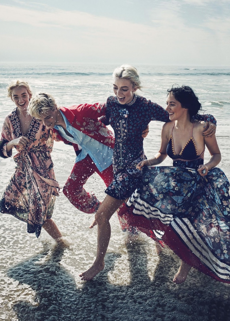 Model siblings Pyper America, Lucky Blue, Daisy Clementine and Starlie Cheyenne Smith pose in a beach fashion editorial together.