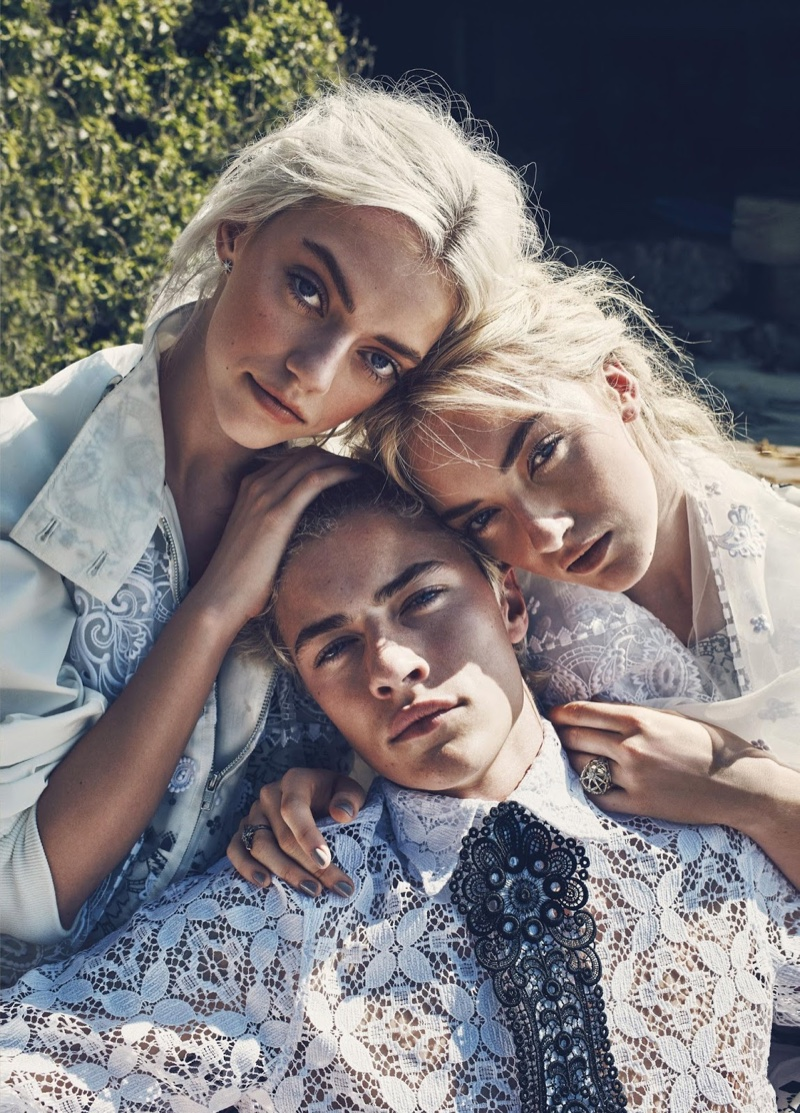 Pyper-America-Smith-Siblings-Beach-Editorial-Marie-Claire04