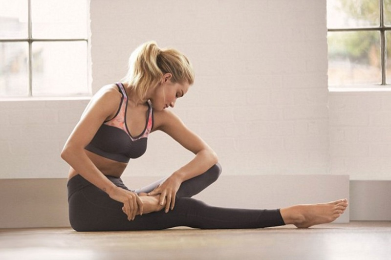 A look from the Rosie Huntington-Whiteley for Activewear Autograph collection