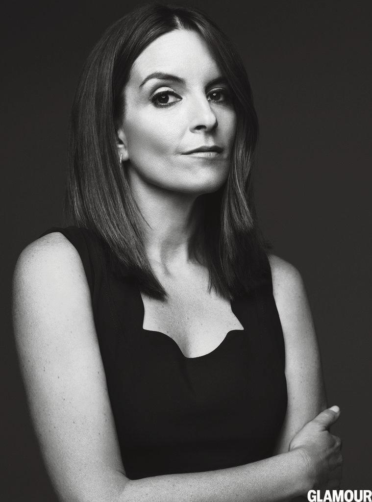 Tina-Fey-Amy-Poehler-Glamour-Magazine-January-2016-Cover-Photoshoot04
