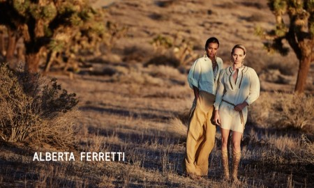 An image from Alberta Ferretti's spring-summer 2016 campaign