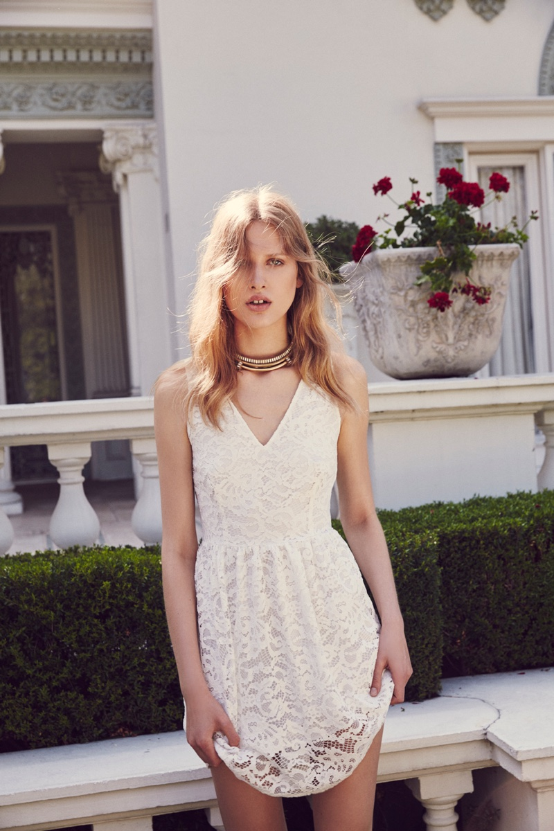 BB Dakota's spring 2016 collection embraces soft and feminine style