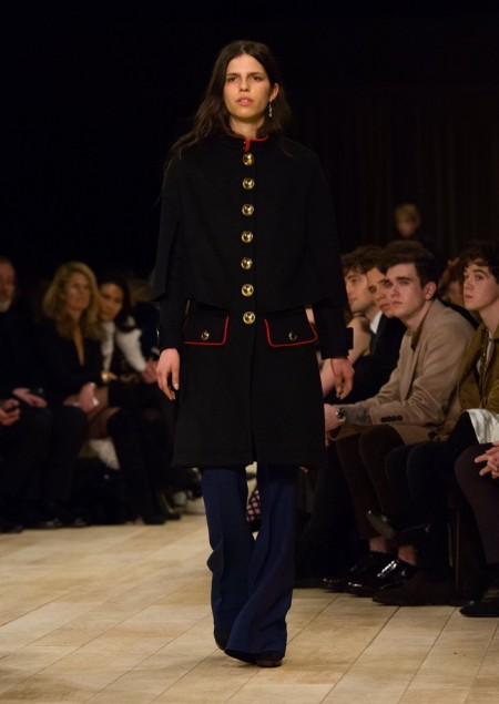 Burberry Fall 2016: Military Looks Take the Runway