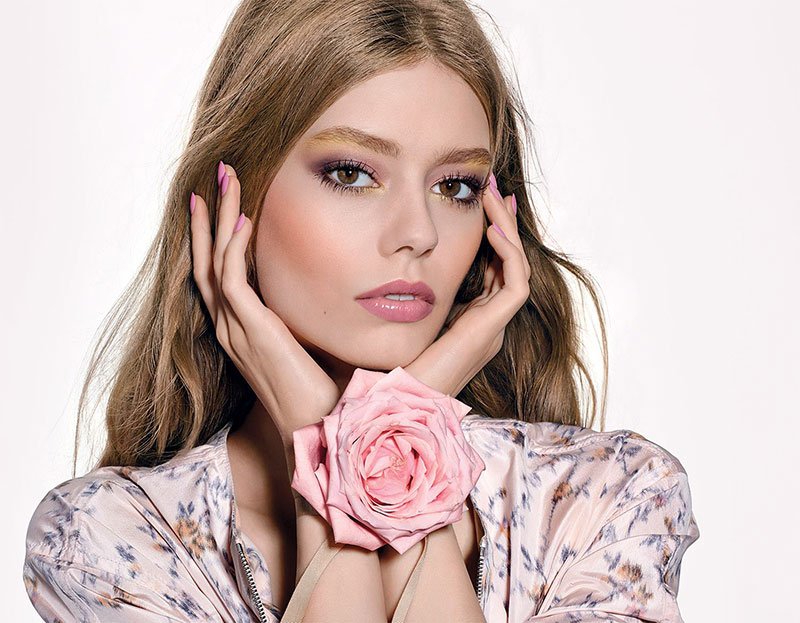 In Full Bloom: Dior Glowing Gardens Makeup
