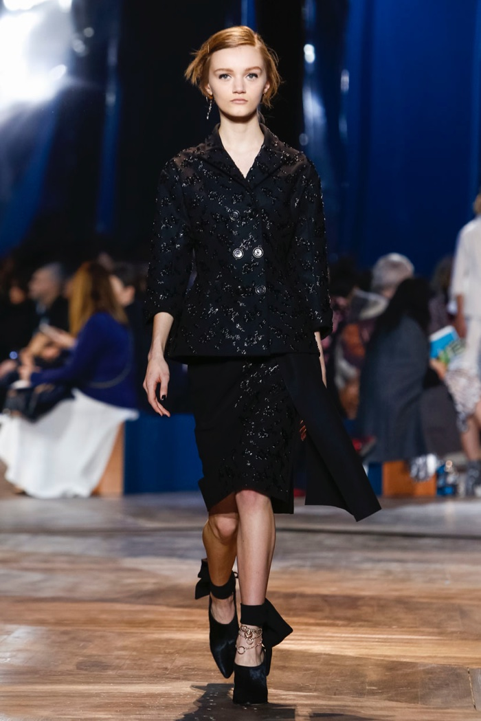 Dior-Spring-2016-Haute-Couture09