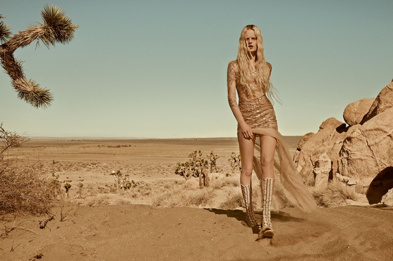 Desert Dream: Elisabetta Franchi Reveals Spring 2016 Campaign