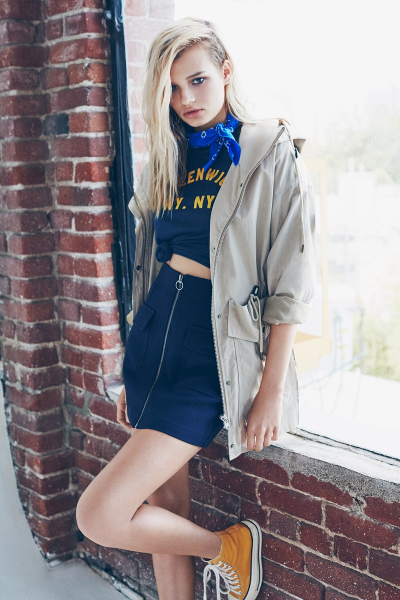 Cayley King stars in Forever 21's spring 2016 campaign