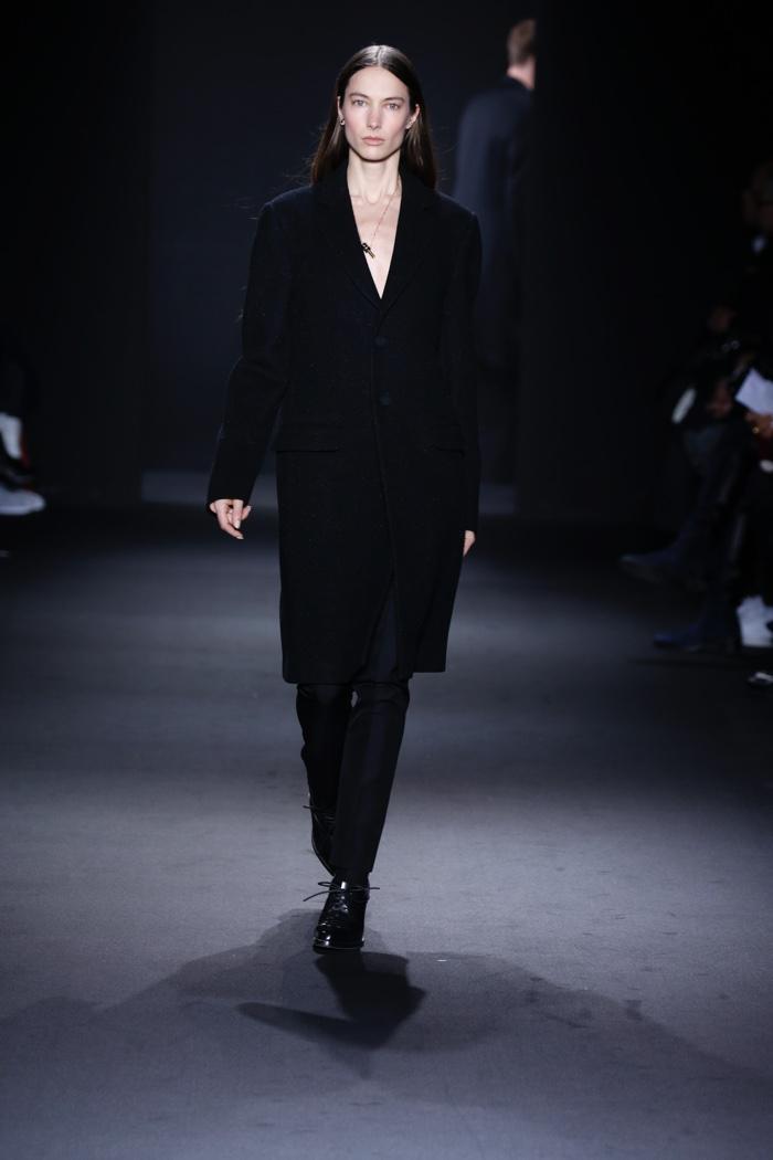 Jessica Miller walks the runway at Calvin Klein Collection Men's fall 2016 at Milan Fashion Week. Photo: © 2016 Dan Lecca