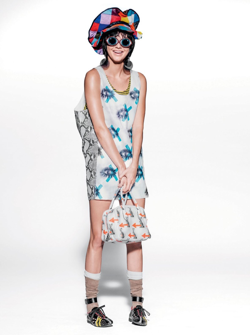 MIU MIU GIRL: Kendall poses in a Miu Miu resort 2016 dress
