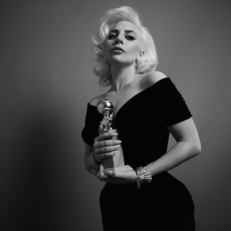 Lady-Gaga-Golden-Globes-2016-Portrait.jp