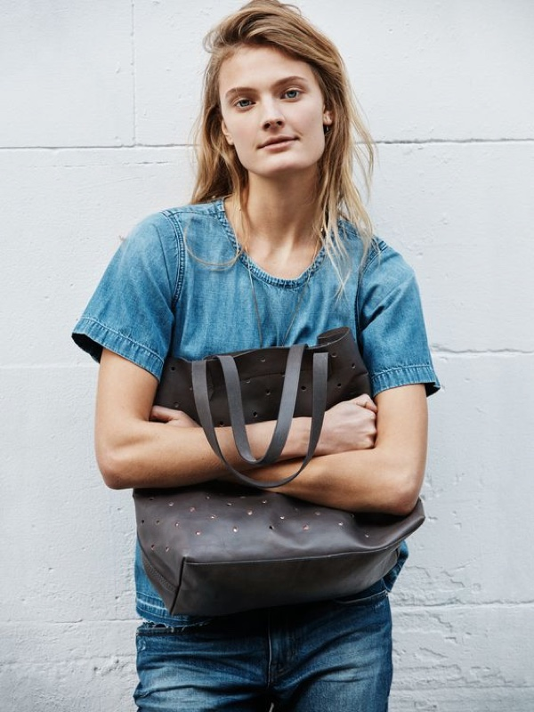 Madewell Holepunch Transport Tote and the Denim Drop-Hem Tee