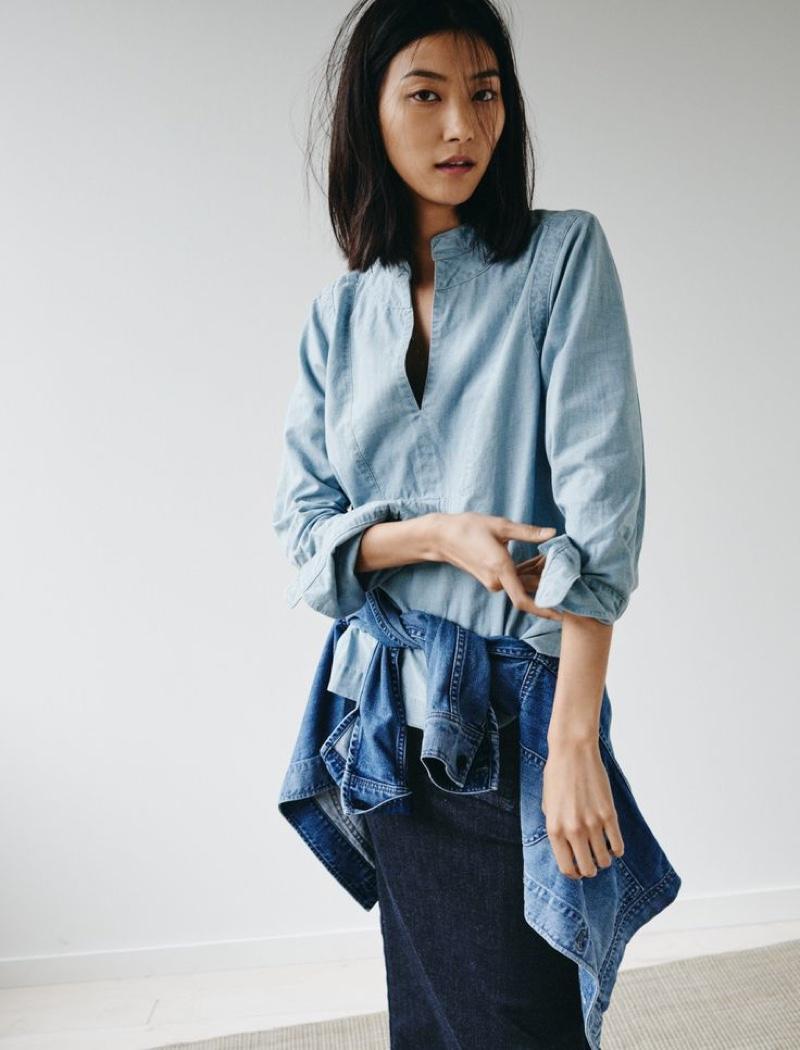 Madewell Denim Popover Shirt worn with The Oversized Jean Jacket + Denim Pencil Skirt