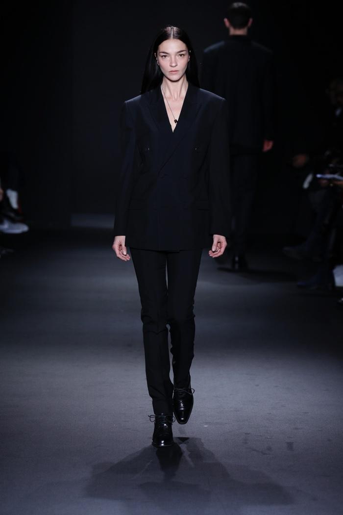 Mariacarla Boscono walks the runway at Calvin Klein Collection Men's fall 2016 at Milan Fashion Week. Photo: © 2016 Dan Lecca