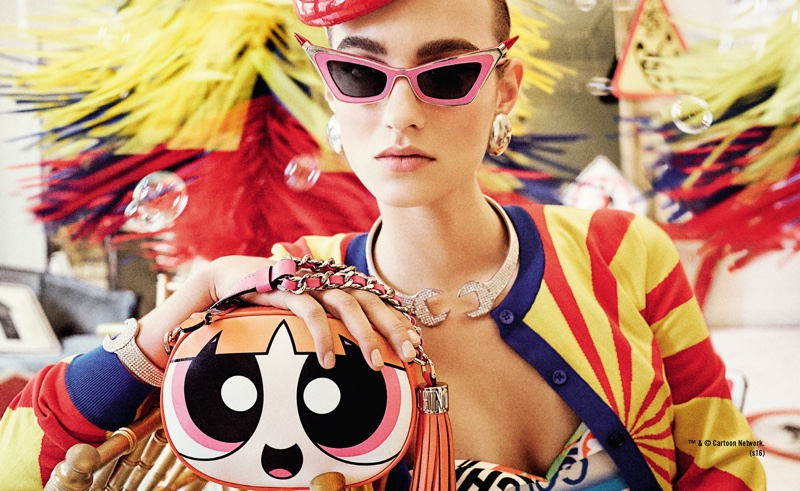 Maartje Verhoef poses with Powerpuff Girls bag in Moschino's spring 2016 campaign