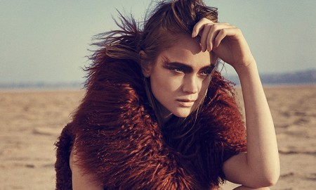 Rosie Tupper wears nomadic style in Woman Spain's January issue