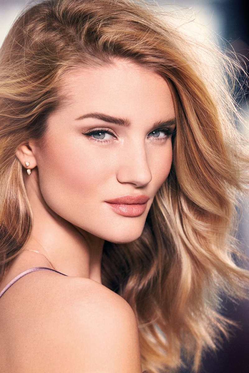Rosie Huntington-Whiteley for Autograph makeup