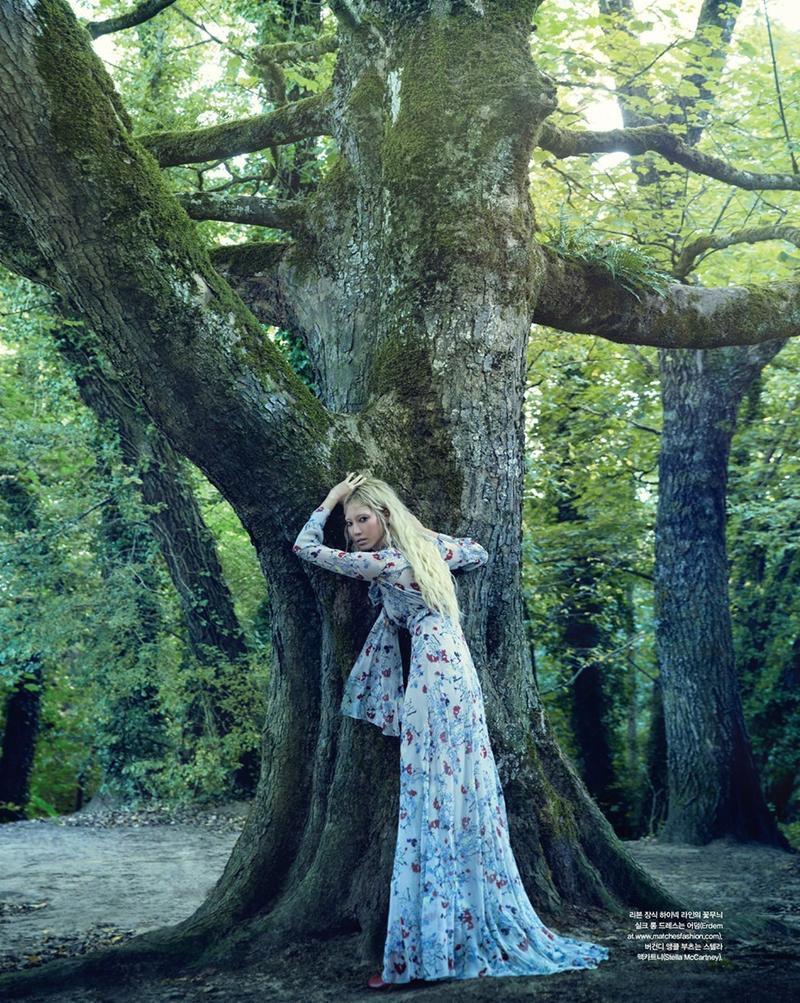 Soo-Joo-Park-Victorian-Style-Vogue-Korea10